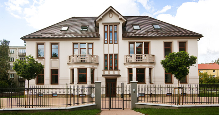 Welcome to the Reich Villa!